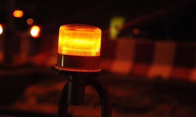 Solar flashing led light sur cone3